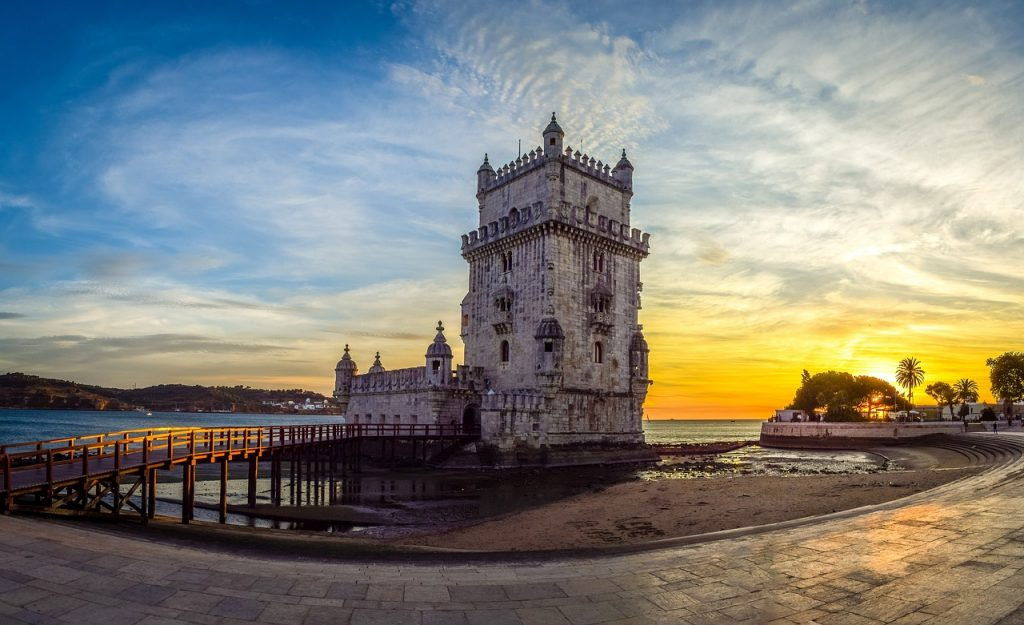 Gay Lisbon Guide: The Essential Guide To Gay Travel In Lisbon Portugal 2018