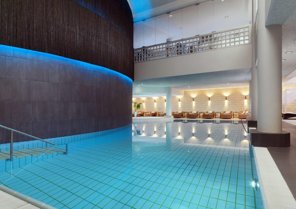 Le Méridien Stuttgart | Pool At Le Spa - the largest in downtown Stuttgart