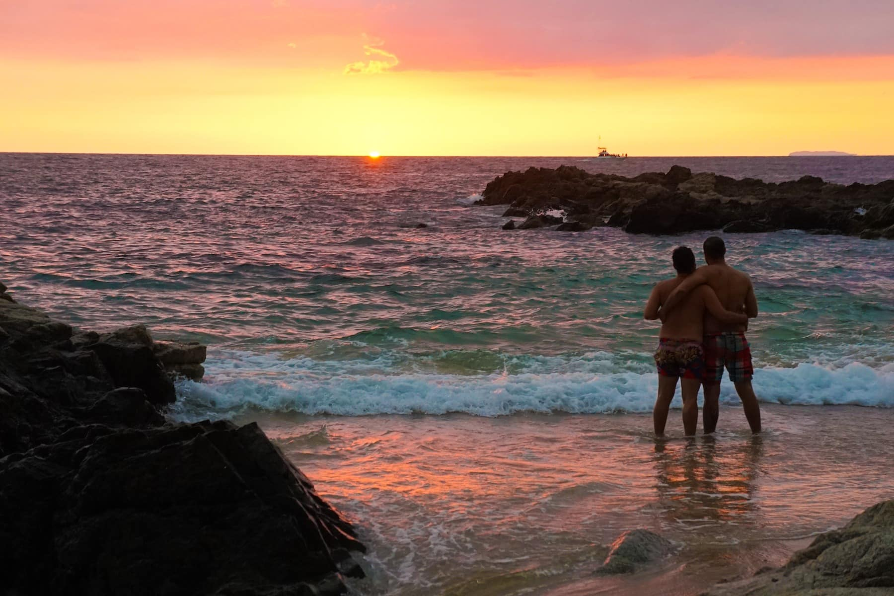 Gay Puerto Vallarta Guide: The Essential Guide To Gay Travel In Puerto Vallarta Mexico 2018